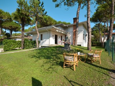 Photo for Vacation home Missana (LIG595) in Lignano Pineta - 8 persons, 3 bedrooms
