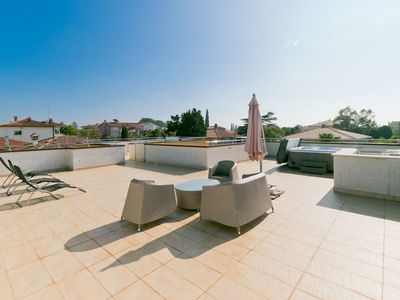 Photo for Apartment in the center of Umag with Internet, Pool, Air conditioning, Parking (263075)