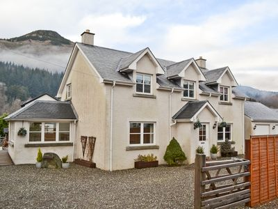 Photo for 5 bedroom accommodation in Strathyre near Callander