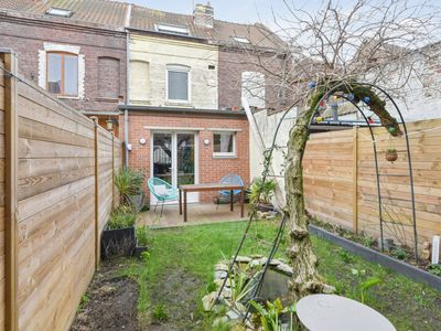 Photo for Charming and cosy house with terrace and garden in Lille-Sud - Welkeys