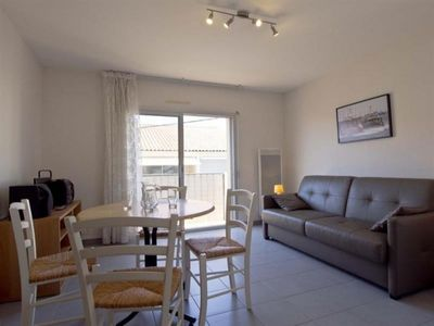 Photo for Apartment Les Sables-d'Olonne, studio flat, 2 persons