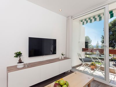 Photo for Seaview flat with ☀ Balcony ♥ Central Marbella (Free Parking)