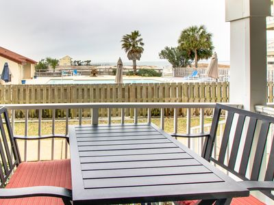 Photo for Bayview condo only steps from the beach w/ shared pool and peaceful location!
