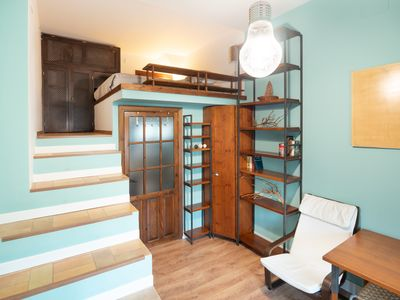 Photo for Cozy, Stylish and Central in Seville,  Bright 1 Bedroom Apartment