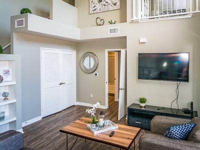 Photo for 2BR/2BA Presidential Townhouse walk to Gaslamp with FREE Parking