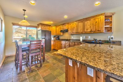 Utah Lodging / MH 1307 / Main Level / Kitchen and Dining