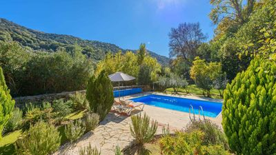 Photo for Rustic holiday villa in a gorgeous setting near Ronda