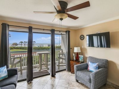 Casa del Mar 103-Seagull Crossing: Gulf View, 2 Community Pools. FREE activities!