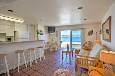 This home offers 3 bedrooms and 3 bathrooms.