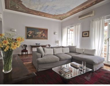 Photo for Elegant 3-Bedroom Home in Rione Colonna