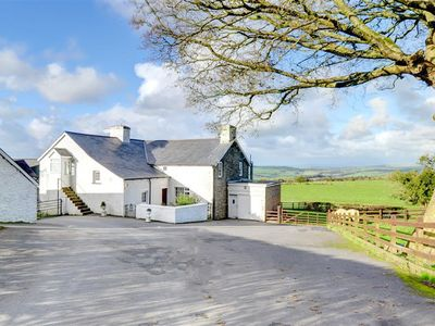Photo for This converted granary building, adjoining the owners' home, is set on a working farm in peaceful co