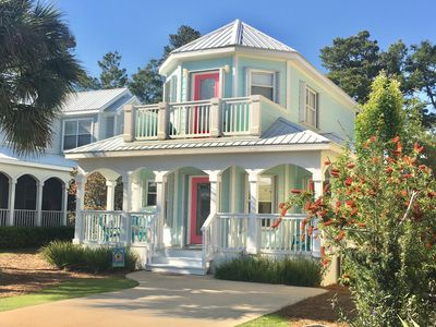 "Photo for ""Just Darling"" beach cottage located near the stunning beaches of HWY 30A!!!"