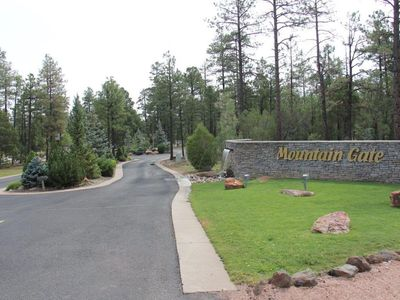 Photo for Beautiful New Mountain Home in Gated Community with Fireplace