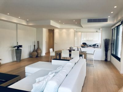 Photo for New, spacious modern apartment of 140 m2, large common use swimming pool .