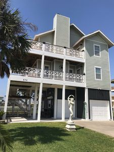Photo for Beautiful Crystal Beach House with 6 PASSENGER GOLF CART! OCEAN VIEW - SLEEPS 12