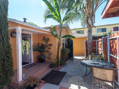 Photo for Centrally located! 15 min. to beach, outdoor patio & pet friendly!