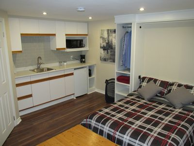 Poolside Studio Flat with Kitchenette, 3 pc. washroom, and full size murphy bed