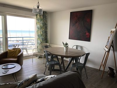 Photo for Artist apartment facing the sea in a quiet seaside town: WIMEREUX.
