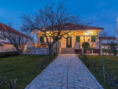 Photo for House in Vrsi - Mulo (Zadar), capacity 6+2