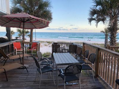 Gulf Front dinning from your Deck