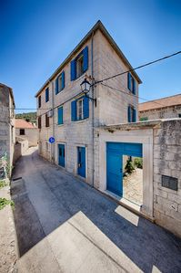 Photo for Stylish, Comfortable Stone House in Centre of Quiet Pretty Venetian Village