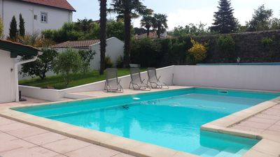 Photo for Duplex with pool 500 m from the beach and the city center
