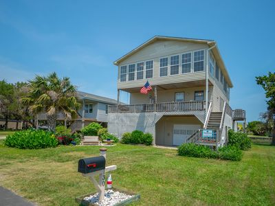 """Photo for Welcome to """"Marlin Canal"""", a Fantastic 5 bedroom, 3 bath Canal Front Home with Private Floating Boat Dock that will accommodate up to 16 guests comfortably!Check out our special pontoon offer!"""