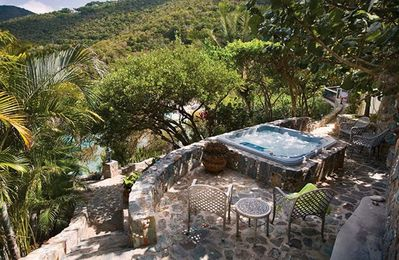 Photo for 4bd villa along a secluded hillside, maximized panoramic ocean views, pool
