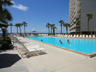 Photo for Completely Renovated, Family-Friendly, Condo, On The Beach sleeps 10