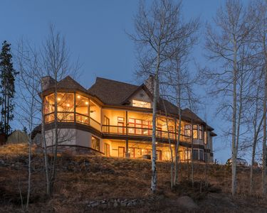 Photo for Luxurious 9 Bedroom Mountain Retreat! 5 king bedrooms, Hot Tub, Huge Game room