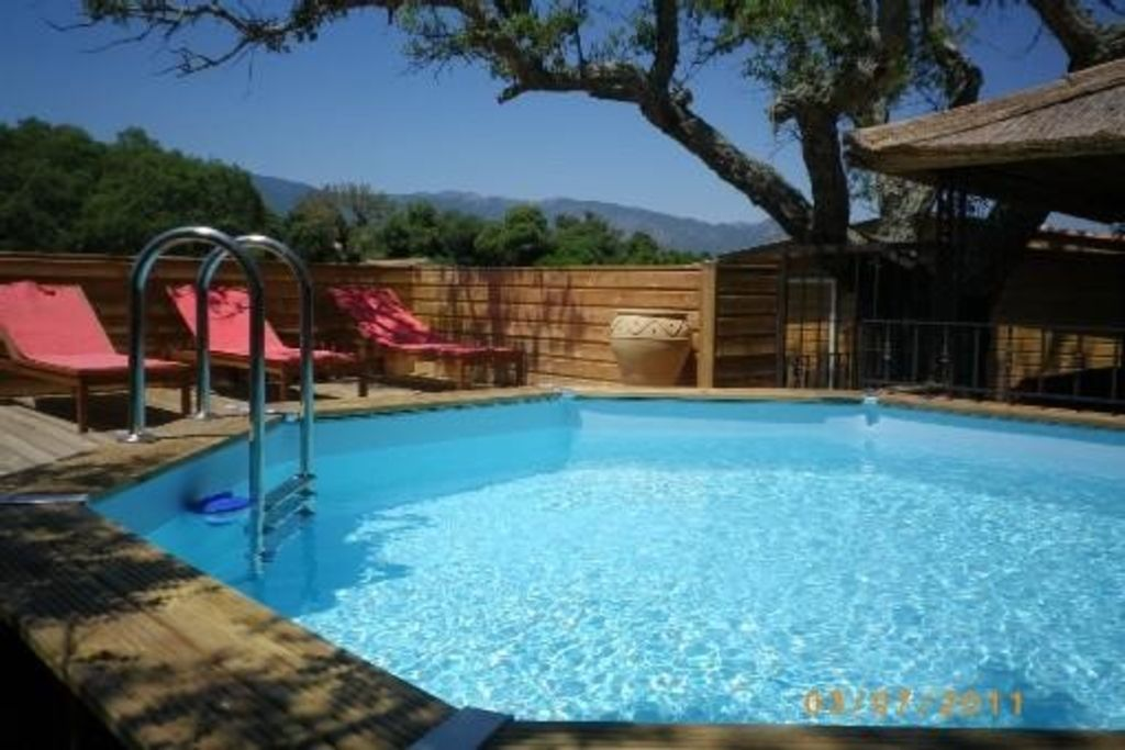 Beautiful wooden house charm 2 bedrooms and private for Liner piscine 4m60 sur 1m20
