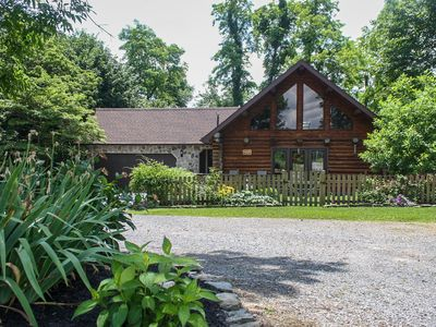 Quiet Log Home At Murray Hill