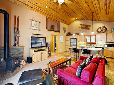 Photo for 10172APT: 1  BR, 1  BA Apartment in Truckee, Sleeps 4