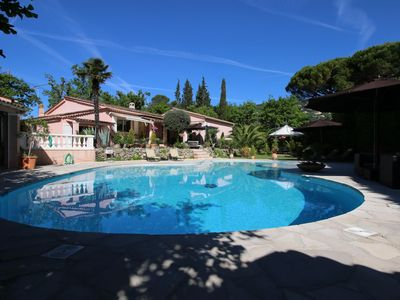 Photo for Côte d'Azur, charming house 200 m2, large swimming pool, plot 3000m2 fenced