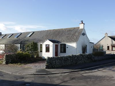 Photo for EDGE HILL, pet friendly in St. John's Town Of Dalry, Ref 959458