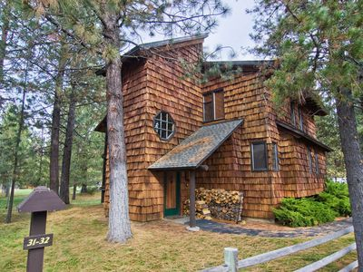 Photo for 33 Wildflower: 2 BR / 2 BA condo in Sunriver, Sleeps 6