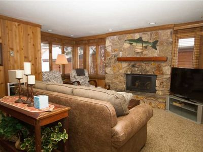 Photo for Mountainback #49, Den: 2 BR / 2 BA  in Mammoth Lakes, Sleeps 7