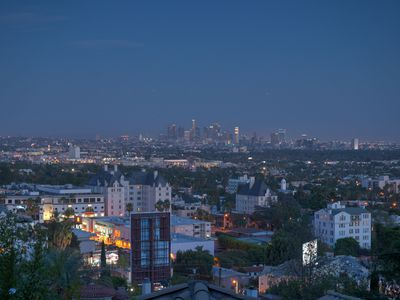 Photo for Amazing Location!  Walk to Sunset Strip, Dining, Theaters, Attractions, Shops!