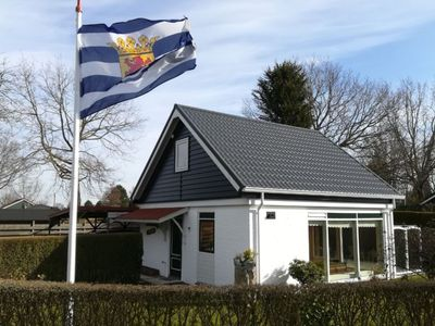 Photo for Pleasant, 6-person holiday home with lovely garden, within walking distance from Veerse Meer lake