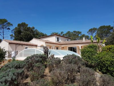 Photo for Provencal villa in the center var