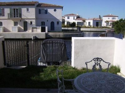 Photo for Apartment AIGUES MORTES, 2 bedrooms, 6 persons