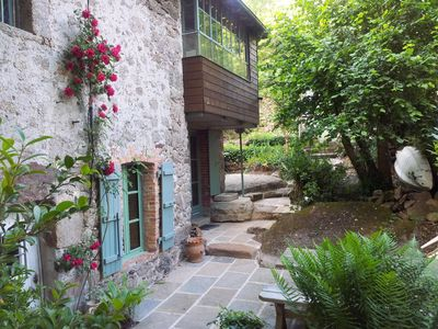 Photo for The charming cottage of Oublière built on the rock edges of Sevre near Clisson