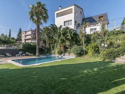 Photo for 5BR Apartment Vacation Rental in Ca n'Amat, Catalunya