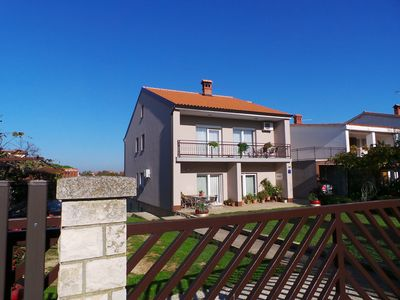 Photo for 1BR Apartment Vacation Rental in Valbandon, Istrien