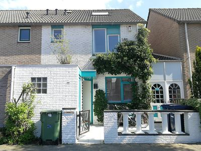 Photo for Villa with garden 20 minutes from Amsterdam