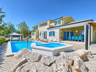 Photo for 5 bedroom villa with the pool - Francesca 1 (sleeps 10 + 2)