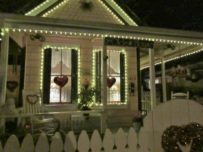 HISTORIC VICTORIAN COTTAGE IN HEART OF HISTORIC MIDTOWN SACRAMENTO -  Central Sacramento