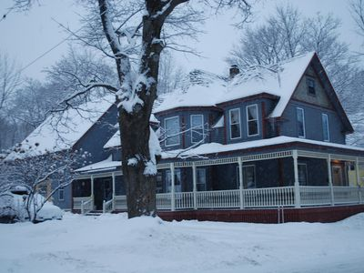 Fabulous Large Victorian Ski House In Town on Shuttle Route (shuttle suspended)