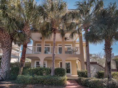 Photo for Almost On Beach With Private Pool, Beach, Gorgeous Gulf Views, Wifi