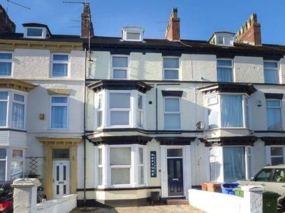 Photo for 1BR Cottage Vacation Rental in Bridlington